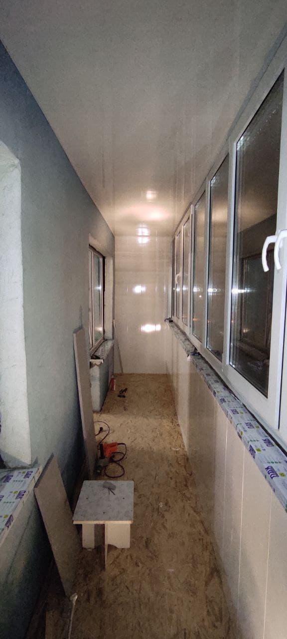 Установка окон, ремонт и остекление балконов